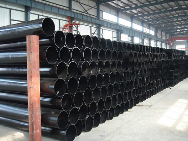 Welded Steel Pipes : Welded steel pipe vs seamless products and